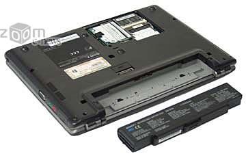 Перед первым включением ноутбука следует несколько раз полностью зарядить и разрядить батарею